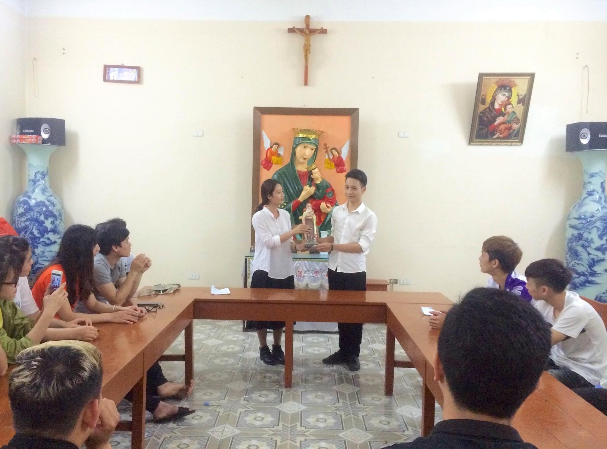 Cộng đoàn SVCG Thạch Bích hân hoan đón Tân Trưởng nhóm